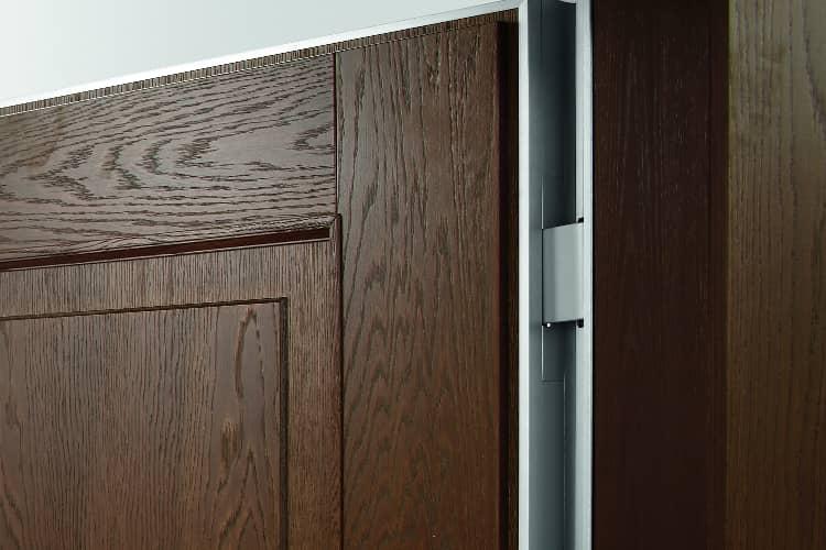 oikos project puerta con bisagras ocultas