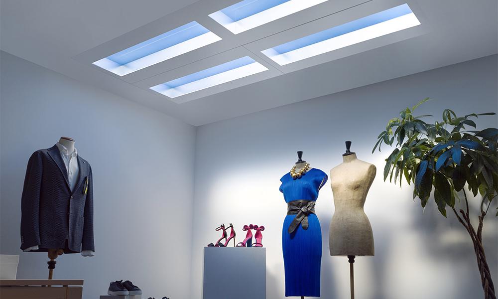 Luminaria de techo que simula luz natural LS Ice de Coelux